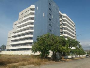 Apartamento En Ventaen Margarita, Costa Azul, Venezuela, VE RAH: 20-18313