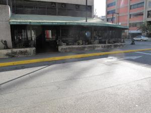 Local Comercial En Ventaen Caracas, Los Cortijos De Lourdes, Venezuela, VE RAH: 20-18437