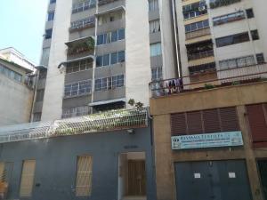 Apartamento En Ventaen Caracas, Parroquia Altagracia, Venezuela, VE RAH: 20-18321