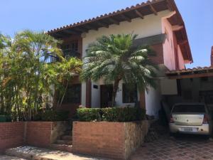 Casa En Ventaen Margarita, Pampatar, Venezuela, VE RAH: 20-18356