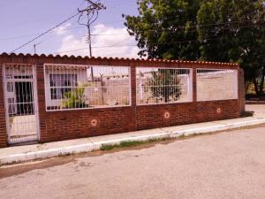 Casa En Ventaen Cabudare, El Paraiso, Venezuela, VE RAH: 20-8146