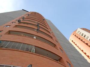 Apartamento En Ventaen Valencia, Prebo I, Venezuela, VE RAH: 20-18393