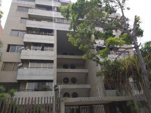 Apartamento En Ventaen Caracas, Colinas De Valle Arriba, Venezuela, VE RAH: 20-18404
