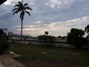 Terreno En Ventaen Parroquia Caraballeda, Los Corales, Venezuela, VE RAH: 20-18406