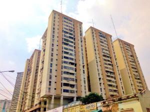 Apartamento En Ventaen Maracay, Los Mangos, Venezuela, VE RAH: 20-18407