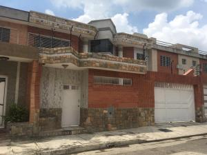 Casa En Ventaen Municipio Naguanagua, Las Quintas, Venezuela, VE RAH: 20-18411