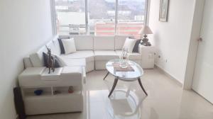 Apartamento En Ventaen Caracas, El Encantado, Venezuela, VE RAH: 20-18438