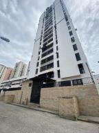 Apartamento En Ventaen Caracas, El Paraiso, Venezuela, VE RAH: 20-22365