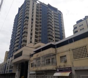 Apartamento En Ventaen Maracay, Zona Centro, Venezuela, VE RAH: 20-18455