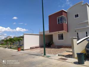 Casa En Ventaen Barquisimeto, Ciudad Roca, Venezuela, VE RAH: 20-18495