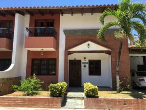 Casa En Ventaen Margarita, Pampatar, Venezuela, VE RAH: 20-18506