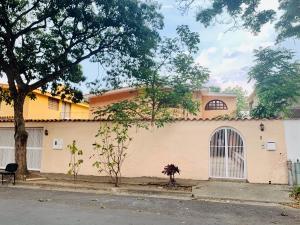 Casa En Ventaen Caracas, Terrazas Del Club Hipico, Venezuela, VE RAH: 20-18533