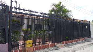 Casa En Ventaen Barquisimeto, Avenida Libertador, Venezuela, VE RAH: 20-18543