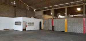Galpon - Deposito En Alquileren Municipio San Francisco, Zona Industrial, Venezuela, VE RAH: 20-18561