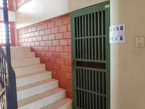 Apartamento En Ventaen Maracaibo, Avenida Milagro Norte, Venezuela, VE RAH: 20-18614