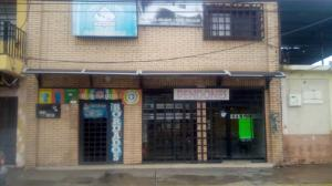 Local Comercial En Ventaen Maracay, La Cooperativa, Venezuela, VE RAH: 20-18657