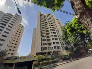 Apartamento En Ventaen Valencia, Las Chimeneas, Venezuela, VE RAH: 20-18662