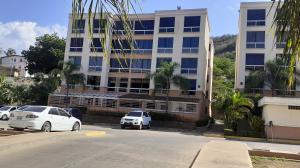 Apartamento En Ventaen Barcelona, El Saman, Venezuela, VE RAH: 20-20270