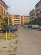 Apartamento En Ventaen Guatire, Las Lomas, Venezuela, VE RAH: 20-18656