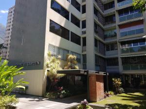Apartamento En Ventaen Caracas, Los Palos Grandes, Venezuela, VE RAH: 20-18663