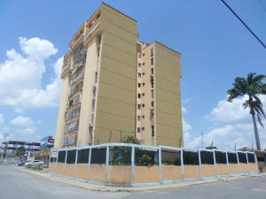 Apartamento En Ventaen Cabudare, Centro, Venezuela, VE RAH: 20-18820