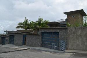 Casa En Ventaen San Antonio De Los Altos, Parque El Retiro, Venezuela, VE RAH: 20-18759