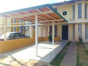 Apartamento En Ventaen Cagua, Corinsa, Venezuela, VE RAH: 20-18791