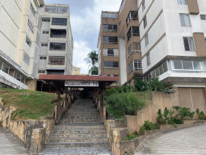 Apartamento En Ventaen Caracas, Cumbres De Curumo, Venezuela, VE RAH: 20-18858