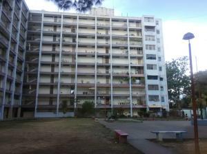 Apartamento En Ventaen Los Teques, Municipio Guaicaipuro, Venezuela, VE RAH: 20-18847