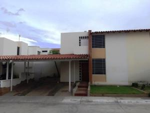 Casa En Ventaen Cabudare, Parroquia Cabudare, Venezuela, VE RAH: 20-18910
