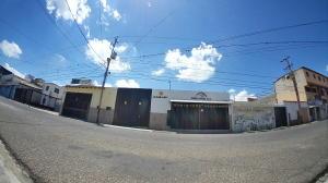 Local Comercial En Alquileren Barquisimeto, Parroquia Concepcion, Venezuela, VE RAH: 20-18922