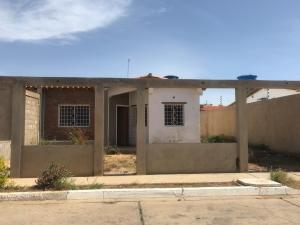 Casa En Ventaen Punto Fijo, Puerta Maraven, Venezuela, VE RAH: 20-18946