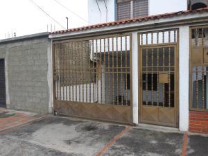 Casa En Alquileren Barquisimeto, Fundacion Mendoza, Venezuela, VE RAH: 20-18968