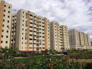 Apartamento En Ventaen Guatire, Guatire, Venezuela, VE RAH: 20-19001