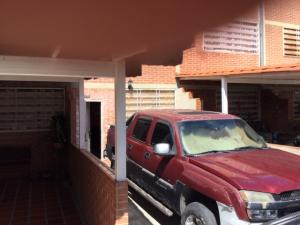 Townhouse En Ventaen Guatire, Bonaventure Country, Venezuela, VE RAH: 20-19013