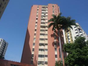 Apartamento En Ventaen Valencia, Trigal Norte, Venezuela, VE RAH: 20-19765