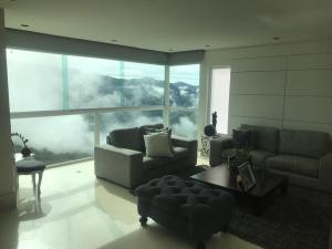 Casa En Ventaen Caracas, Colinas De Caicaguana, Venezuela, VE RAH: 20-6192