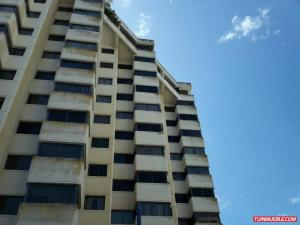 Apartamento En Ventaen Catia La Mar, Playa Grande, Venezuela, VE RAH: 20-19205