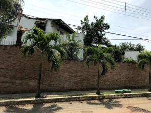 Casa En Ventaen Valencia, Guataparo, Venezuela, VE RAH: 20-20367