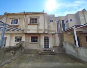 Casa En Ventaen Municipio Linares Alcantara, Valle Jardin, Venezuela, VE RAH: 20-19238