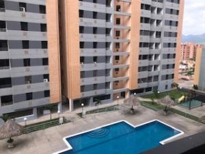 Apartamento En Ventaen Municipio Naguanagua, Tazajal, Venezuela, VE RAH: 20-19253