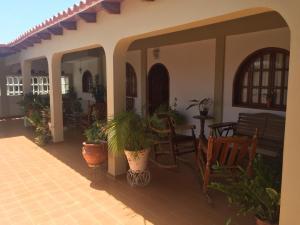 Casa En Ventaen Punto Fijo, Judibana, Venezuela, VE RAH: 20-19261