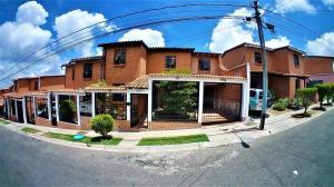 Casa En Ventaen Carrizal, Llano Alto, Venezuela, VE RAH: 20-19633