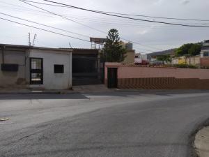 Casa En Ventaen Catia La Mar, Las Tunitas, Venezuela, VE RAH: 20-16953