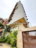 Apartamento En Ventaen Maracaibo, La Lago, Venezuela, VE RAH: 20-801