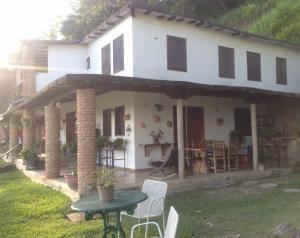 Casa En Ventaen Charallave, Los Anaucos, Venezuela, VE RAH: 20-19444