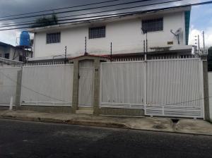 Casa En Ventaen Maracay, La Cooperativa, Venezuela, VE RAH: 20-19463