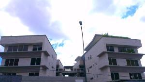 Apartamento En Ventaen Caracas, Los Palos Grandes, Venezuela, VE RAH: 20-19510