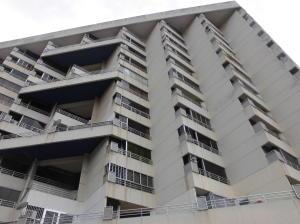 Apartamento En Ventaen Parroquia Caraballeda, Palmar Este, Venezuela, VE RAH: 20-19536