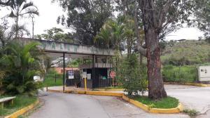 Terreno En Ventaen Los Teques, Valle Alto, Venezuela, VE RAH: 20-19591